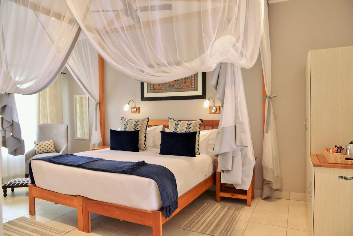 Batonka Guest Lodge Victoria Falls Zimbabwe