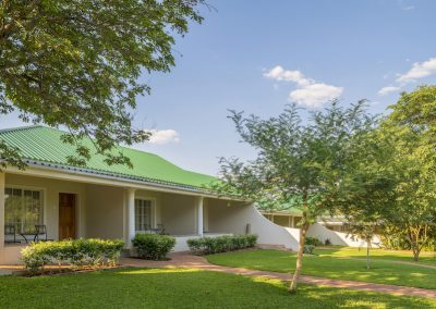Batonka Guest Lodge, Vic Falls 10